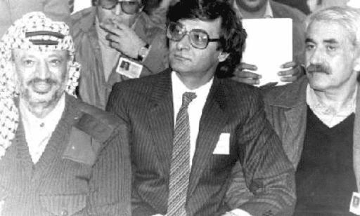 Mahmoud Darwish (PD-Syria/Wikimedia Commons)