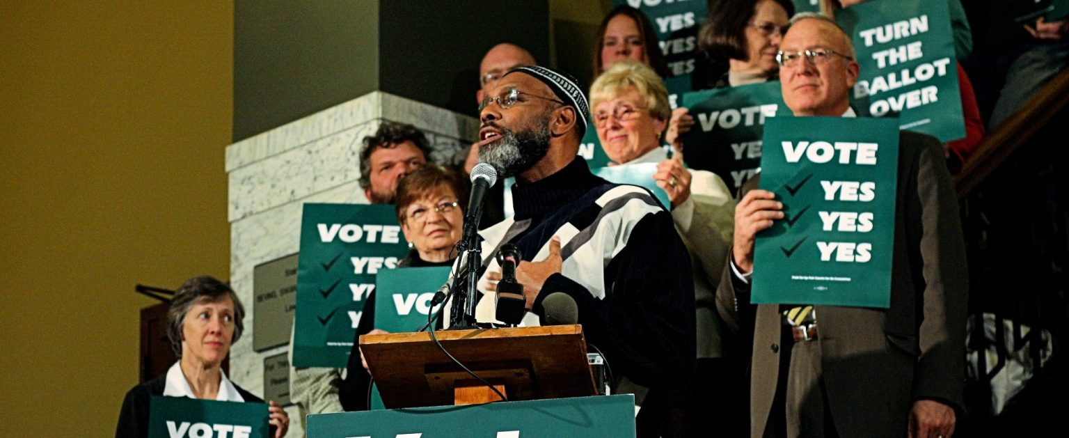 State Rep. Ako Abdul-Samad (D-Des Moines), October 28, 2010 (Phil Roeder/Wikimedia Commons) spectator.org